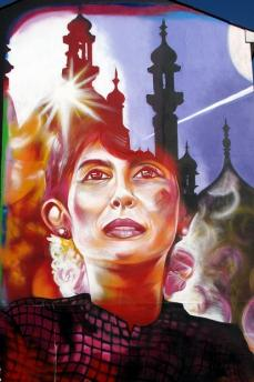Murales dedicato ad Aung San Suu Kyi nella città di Brighton ( Foto di duncan)