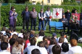 Un momento della cerimonia a Calcinate (Foto per gentile concessione del Comune di Calcinate)