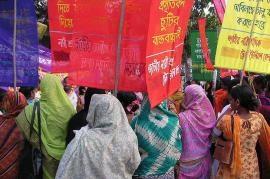 Bangladesh, protesta delle lavoratrici (foto Wikicommons, utente Soman)